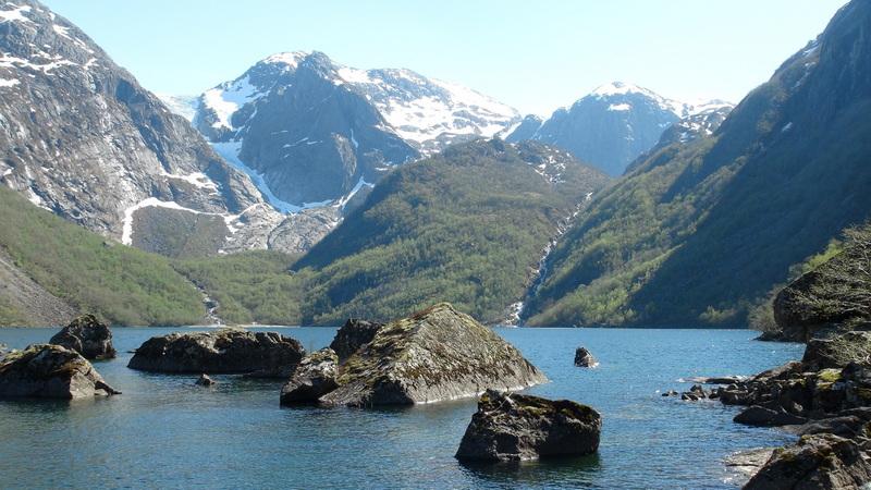 Na plachetnici mezi norskými fjordy 5/2018